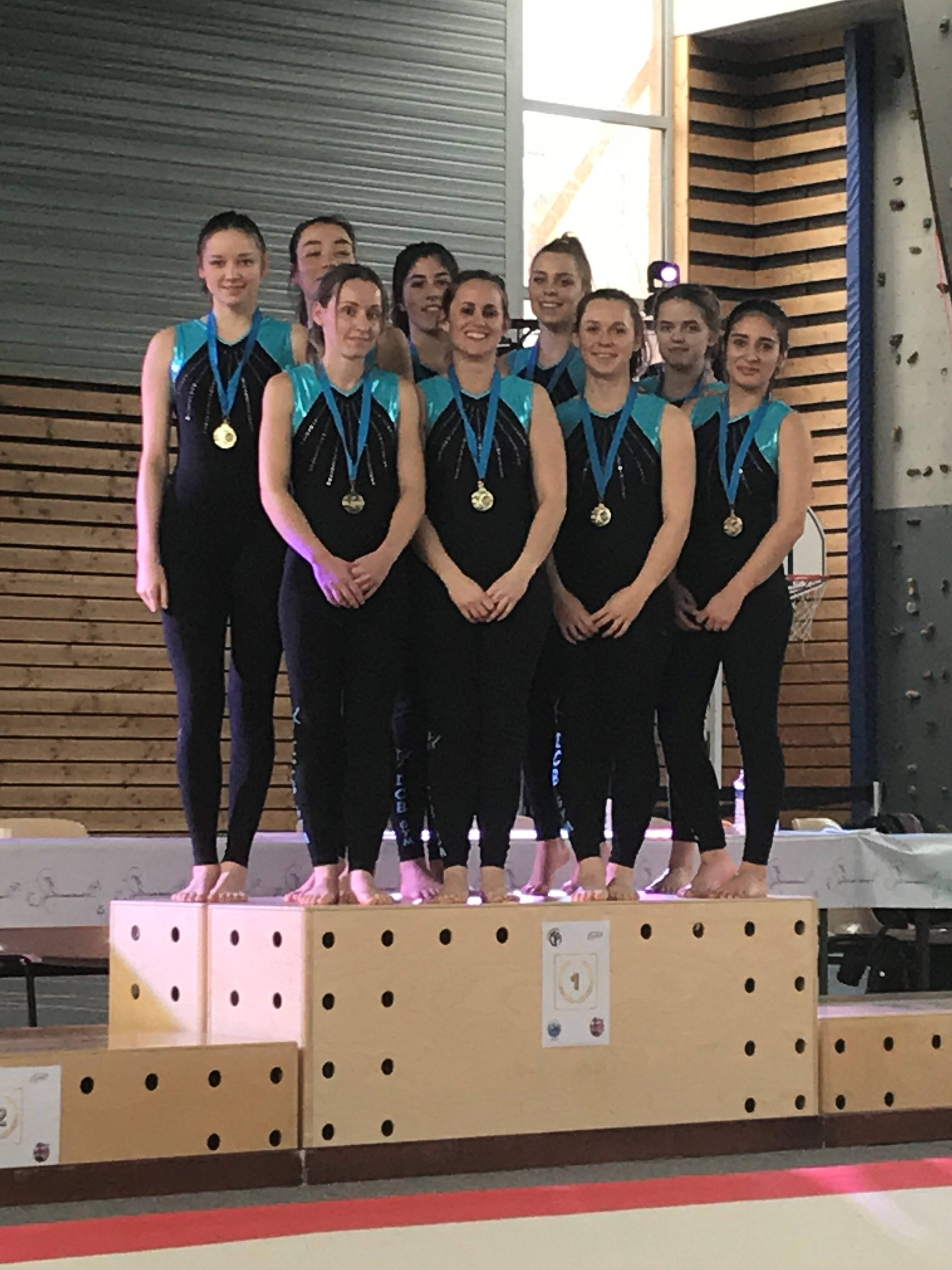 podium2-1